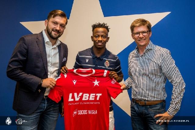 Yaw Yeboah has sealed a move to Polish side Wisla Krakow