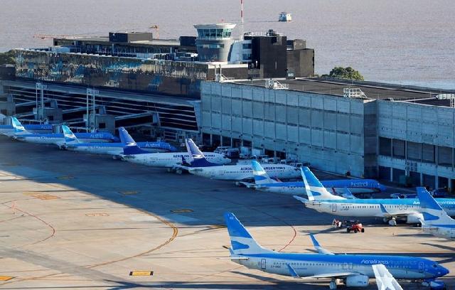 Aerolineas Argentinas' passenger planes