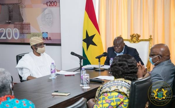 Akufo-Addo in a meeting with Nigerian delegates