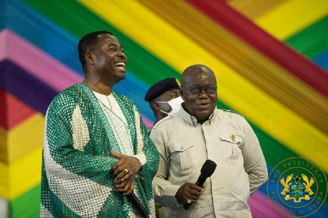 President Nana Akufo-Addo with the microphne