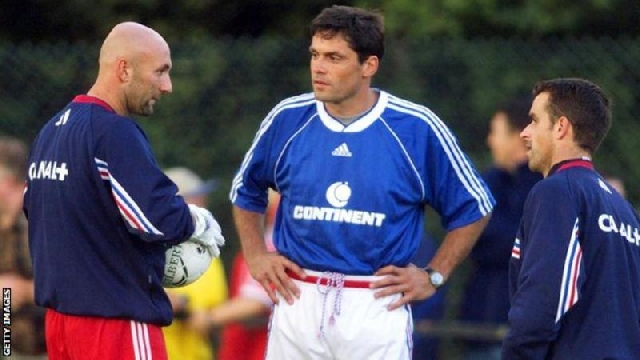 Martini (centre) coached France goalkeepers such as former Manchester United keeper Fabien Barthez (left)