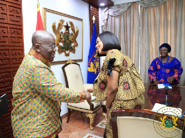 President Nana Akufo-Addo (L) and EC Chair Jean Mensa (R)